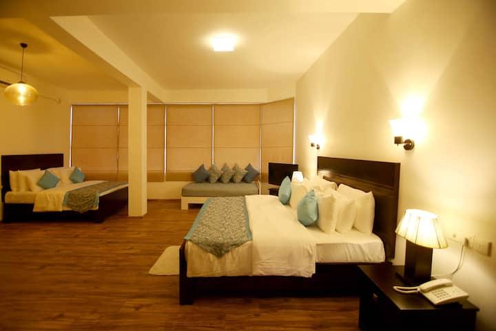 Luxury Family Room, Hill  Crest Villa Kandy
