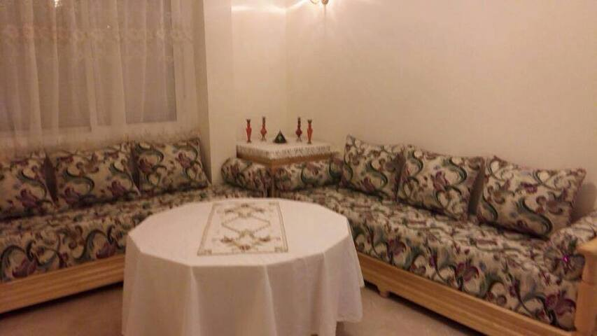 Appartement meublé à Oujda CHU, Wilaya,Université - Oujda