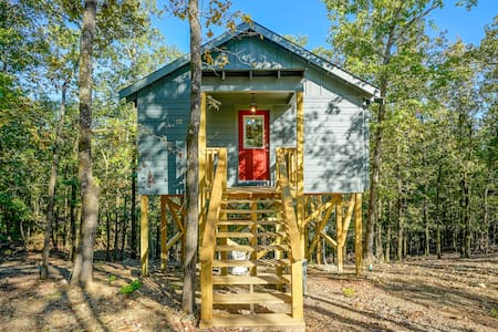 Whippoorwill Treehouse
