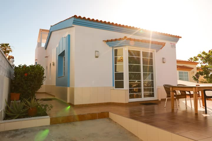 Luxurious villa with sea view, Casa Frans