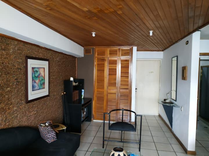 Bello apartamento enColinas de Bello Monte Caracas