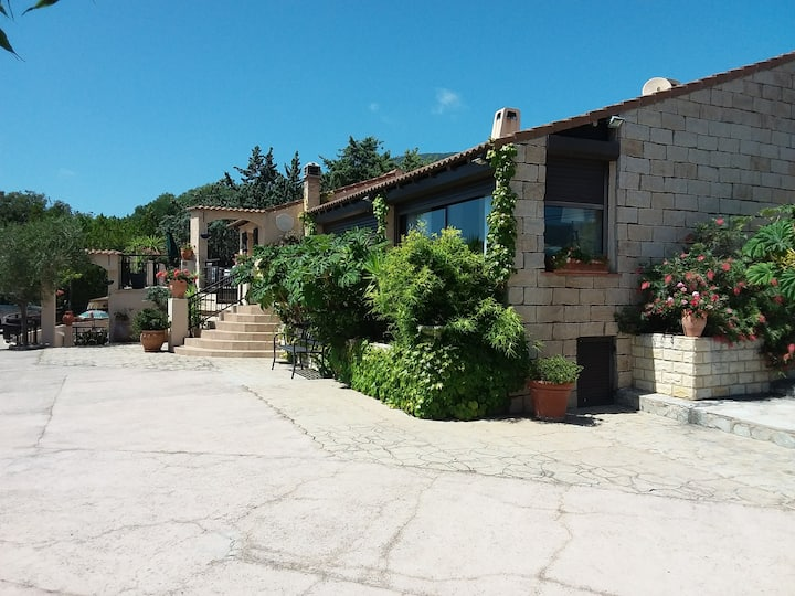 Magnifique villa à Propriano