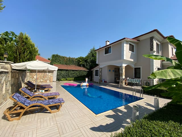 Private Villa with Private Pool and Turkish Bath