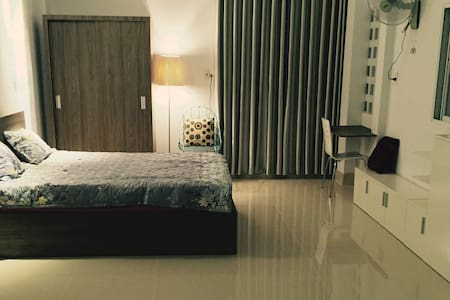 New & private studio apartment in city centre - Ho Chi Minh City - Lakás