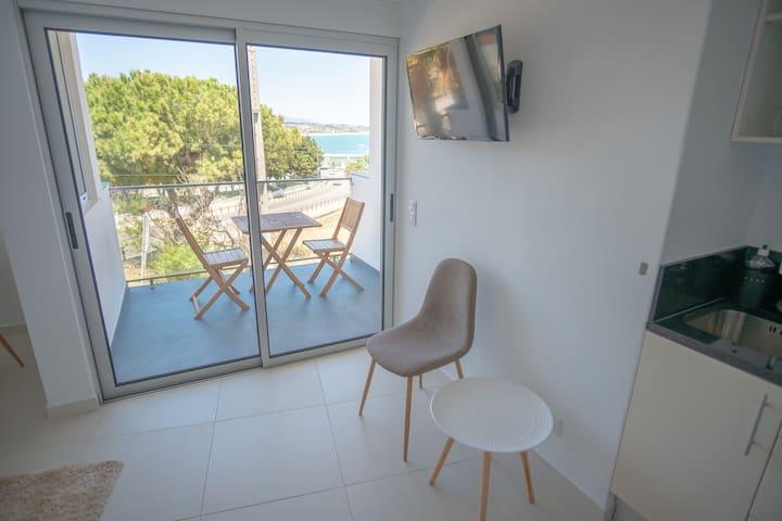 Romantic Sea View Apartment