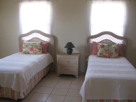 Yellow Bell Villa in Nevis