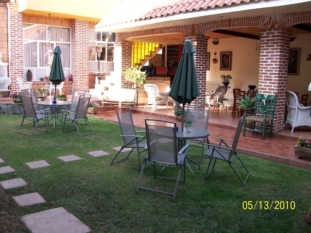 MARIA DEL ALMA - เม็กซิโกซิตี้ - ที่พักพร้อมอาหารเช้า