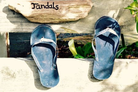 JANDALS cosy coastal B&B - Leigh - Bed & Breakfast