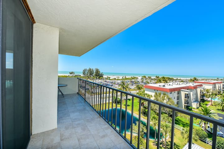 2 Bedroom Condo across from Siesta Key Beach - Siesta Key