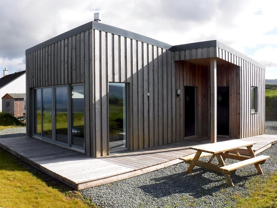 half of two valtos near staffin isle of skye bungalows zur miete in culnacnoc schottland. Black Bedroom Furniture Sets. Home Design Ideas