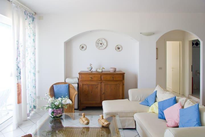 Amazing seafront apartment!!