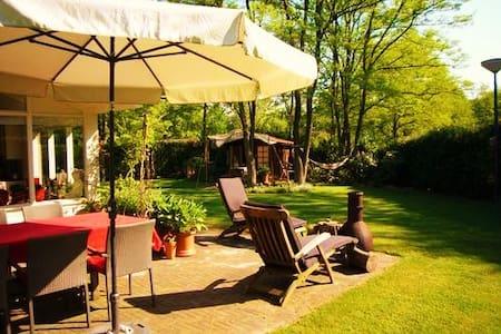 Vakantiehuis 'De Bonte Specht' met sauna - Holten - Bungalow