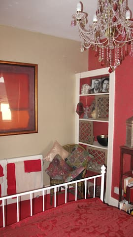 Boutique hotel standard near to amenities rm2 of 2