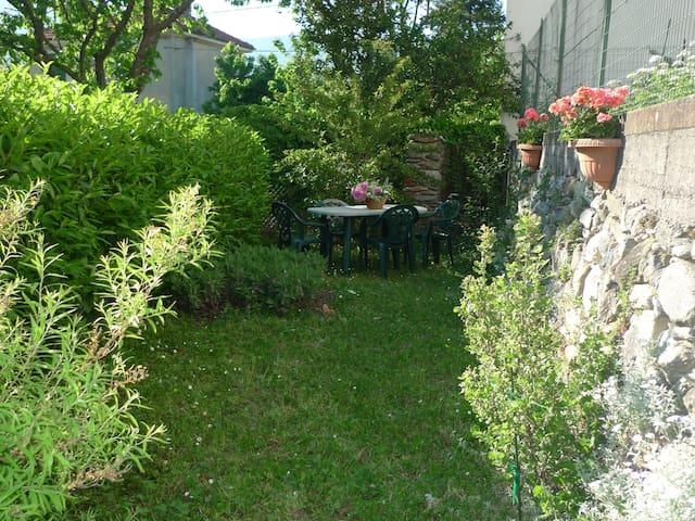 Appartamento in casa con giardino - Garessio - อพาร์ทเมนท์