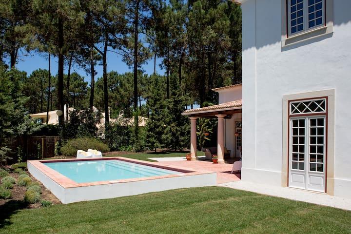 Stunning villa Aroeira Golf Resort