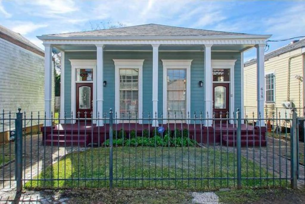 Lower Garden District Charmer Houses For Rent In New Orleans Louisiana United States