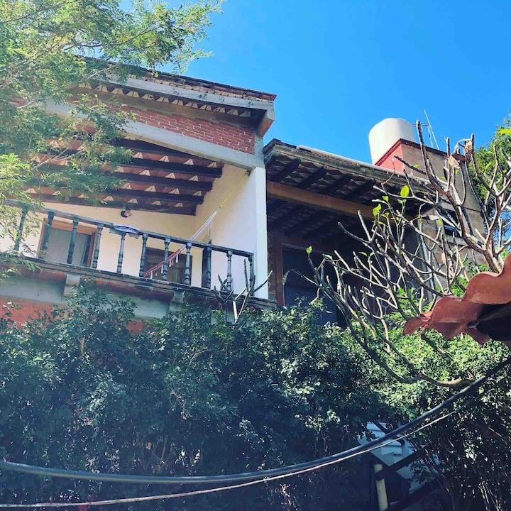 """Casa Huijazoo """"Habitación Sol"""""""
