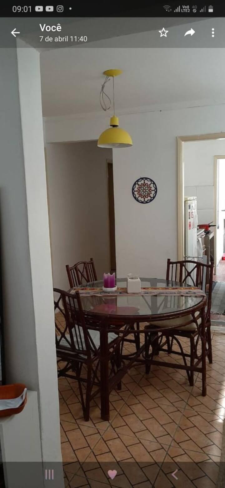 Apartamento simples em Alto de Pinheiros.