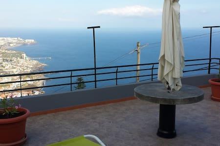 Casa de férias na Ilha da Madeira - Câmara De Lobos - Dom