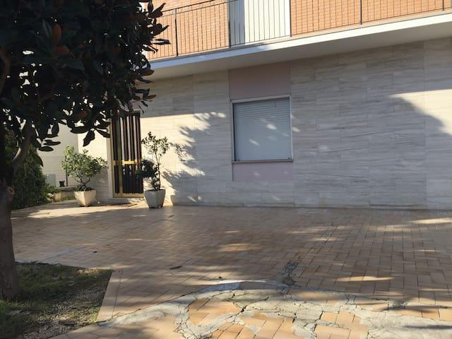 Ospitalità in villetta privata - Faleriense - Flat