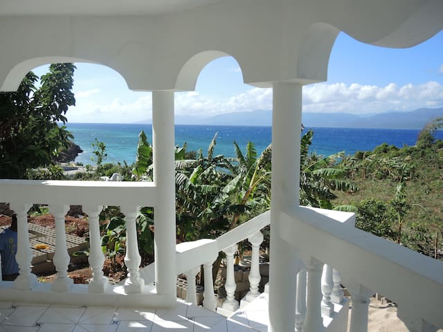 Haiti Private Surf House - Tortuga - Rumah