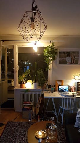 Cozy apartment 14 minutes from central station - Gothenburg - Byt