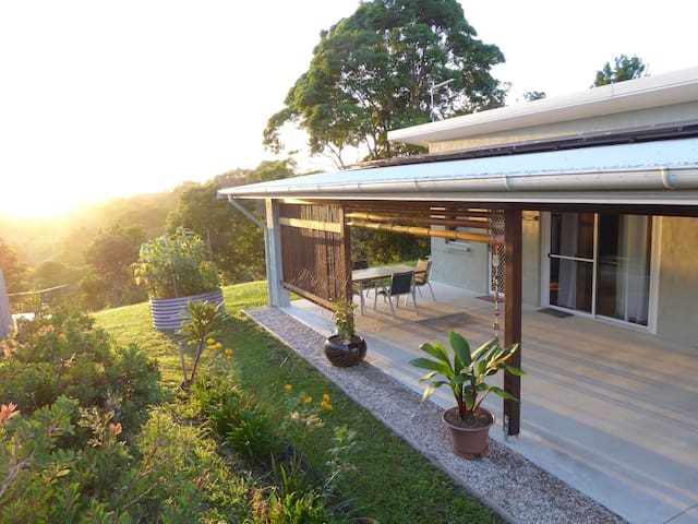 Tawny Cottage in Byron Hinterland - Myocum - Cabana