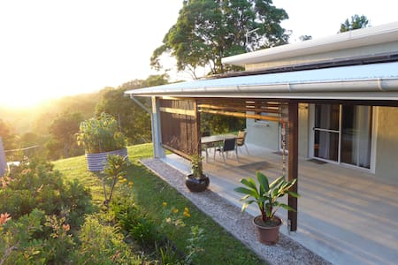 Tawny Cottage in Byron Hinterland - Kabin