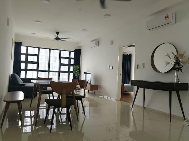 EkoCheras Serviced Apartment•Kuala Lumpur•Mall•MRT