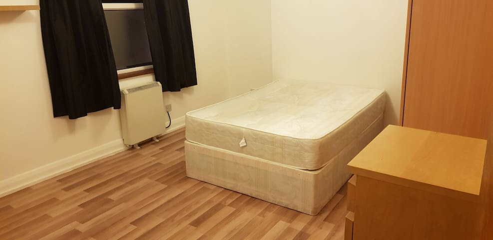 Big room 18sqm in Hornsey 13 min from  Kings Cross