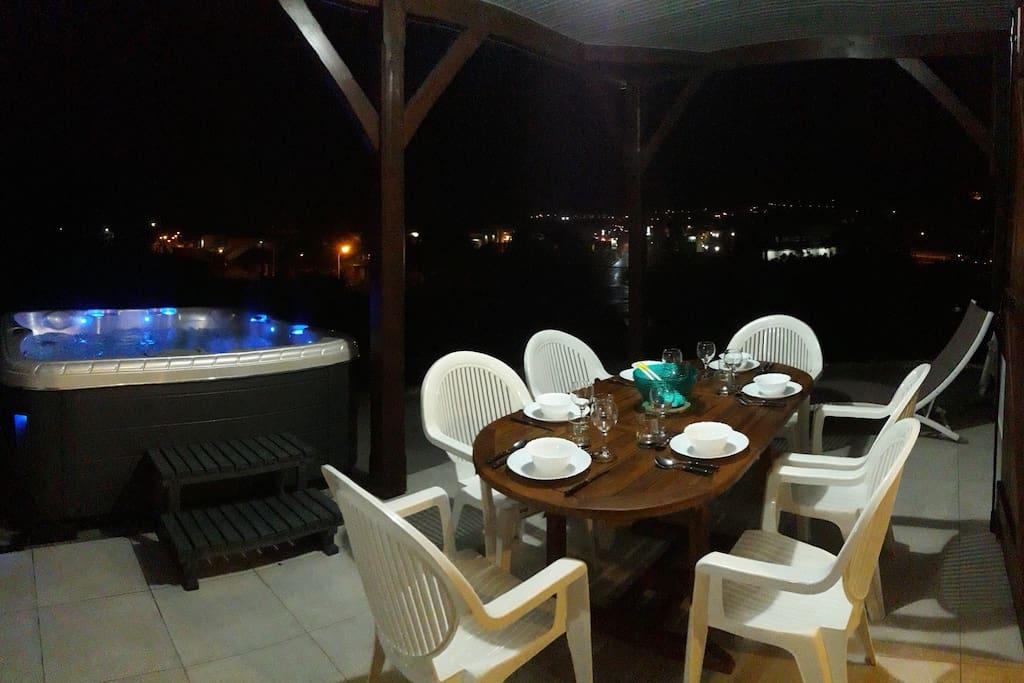 Vue panoramique la nuit