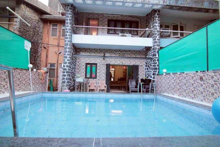 Spacious 2 BHK Villa with private pool. Lonavala.