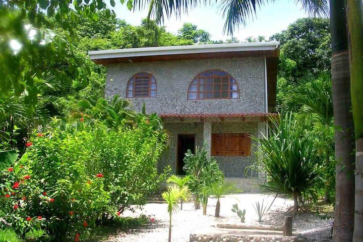 Casa Piedras - Carmen Beach - Hus