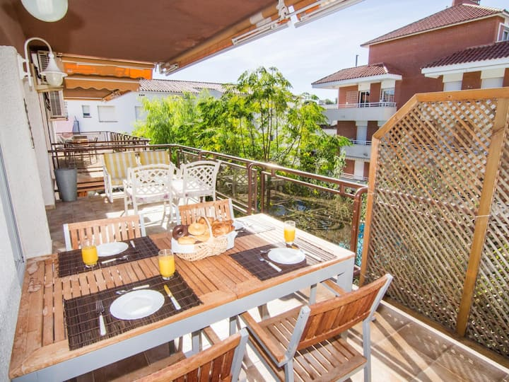 BITACORA BY BLAUSITGES Apt with pool in residential area close to Sitges center