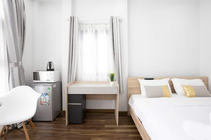 Sunny Studio For Traveller Near Central HCMC