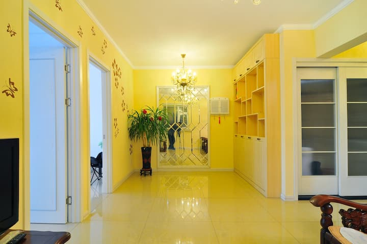 Shenyang   center 2-bedroom sunny wedding room