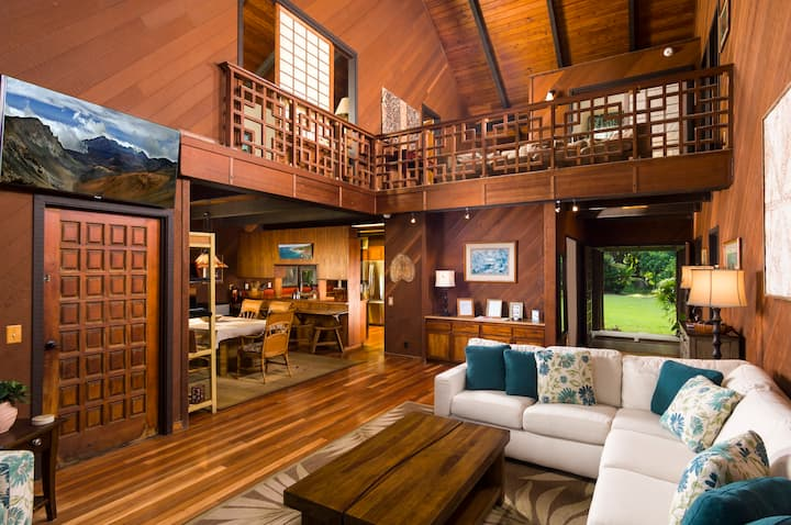 Hamoa Beach House - oceanfront Hana