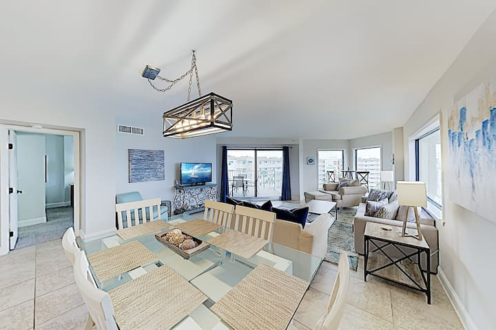 New Listing! Inlet Reef Corner-Unit on the Beach
