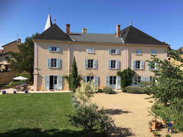 Le Chateau de Moiré, Beaujolais