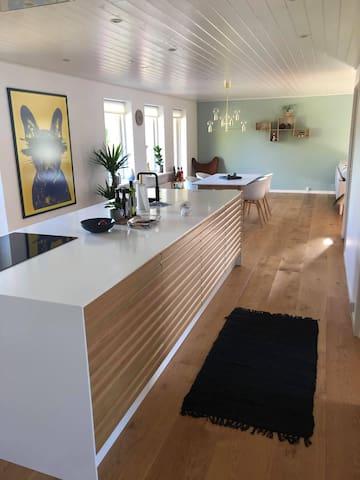 New renovated family villa