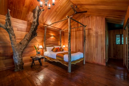 Tree Houses at Pepper Trail - Sultan Bathery - Cabane dans les arbres