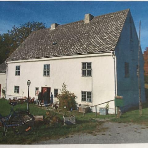 Langska huset, fint hus från 1700- - Visby - Huis
