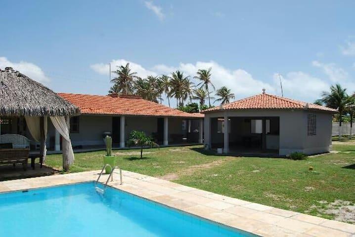 Grande propriété 200 m de la plage - Caponga - Casa