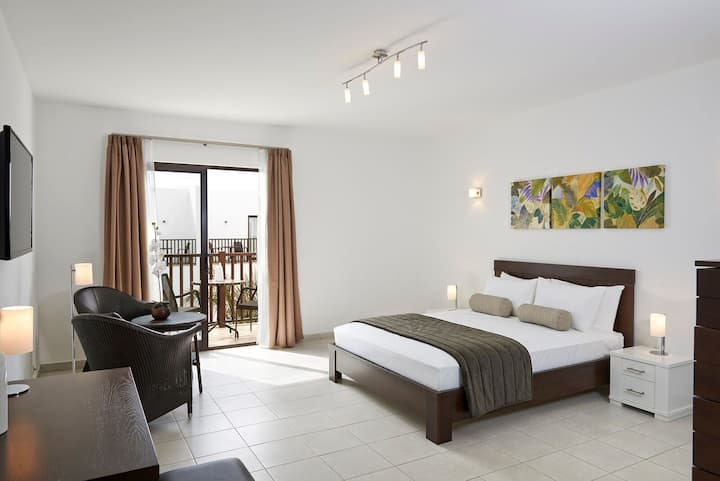 CV Holidays-Dunas Beach Resort Executive Suite