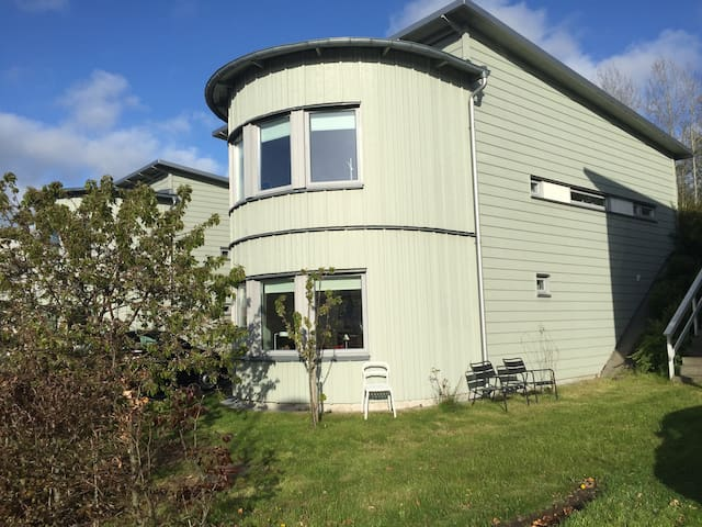 House 5 km from the sea - Gothenburg - Ev