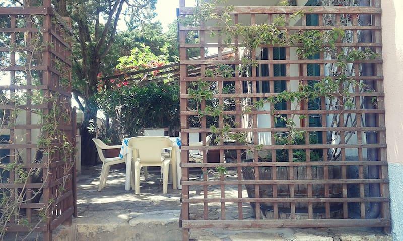 Scirocco - La Guardia - Casa