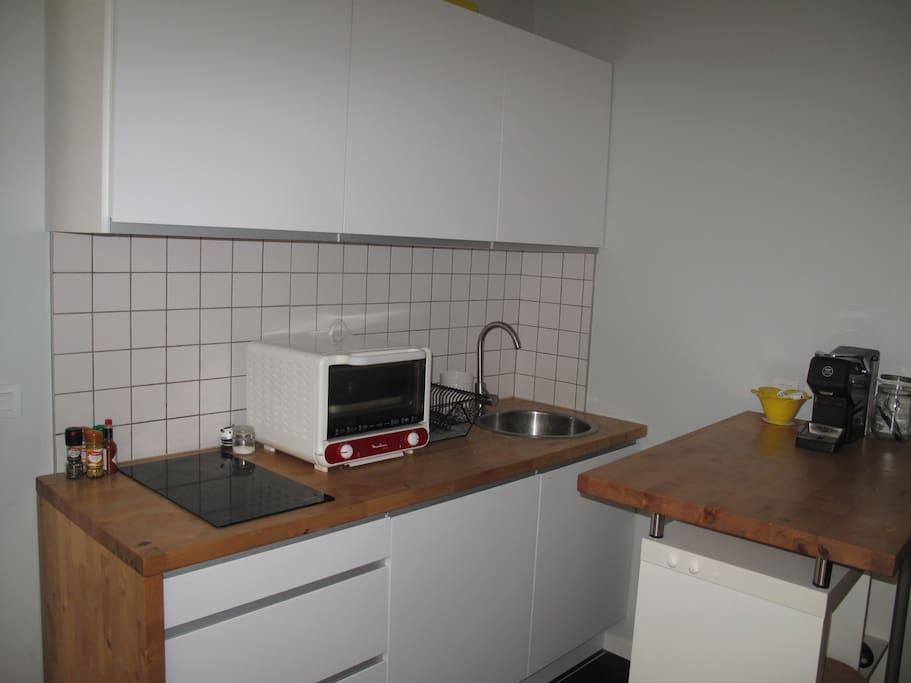 Studio 27m2 dans centre de bordeaux appartements louer for Louer studio a bordeaux