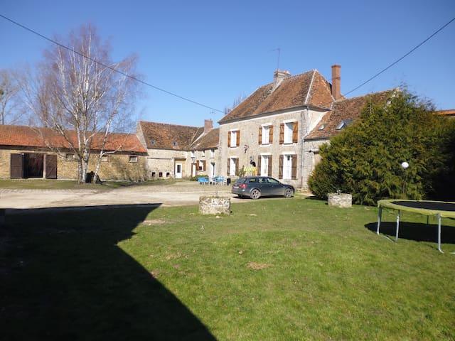 FERME JEAN GROGNE - Fontenay-Trésigny