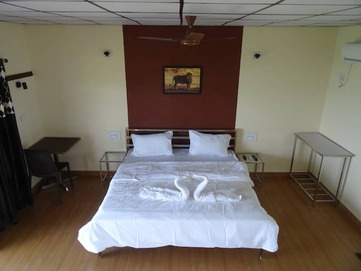 Soni Villa * LAKEVIEW * Room-108 * #Ambardi