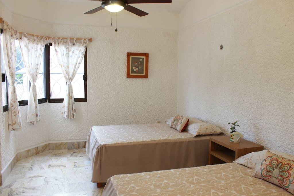 Habitacion 1 / Room 1